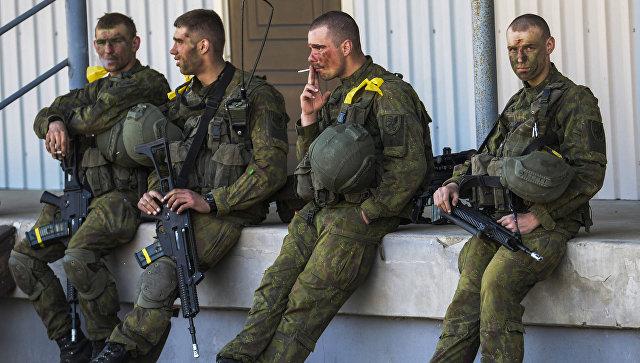 """""""Откосивший"""" от армии эстонский депутат придумал, как увеличить призыв"""