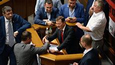 Лидер фракции Радикальной партии Олег Ляшко на заседании Рады Украины. Архивное фото