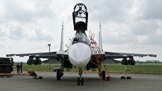 Самолет Су-30СМ Черноморского флота на конкурсе по воздушной выучке летных экипажей морской авиации Военно-морского флота РФ Морской ас-2016 в Ейске. Архивное фото