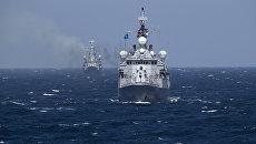 Турецкий военный корабль во время учений НАТО в Черном море. Архивное фото