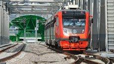 Рельсовый автобус РА2 во время обкатки на Малом кольце Московской железной дороги. Архивное фото