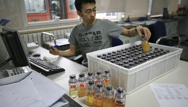 Работа антидопинговой лаборатории. Архивное фото