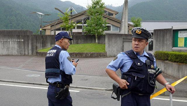 Полиция Японии на месте происшествия. Архивное фото