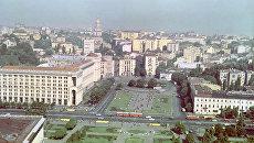 Вид на площадь Калинина (ныне - Площадь Независимости) в Киеве