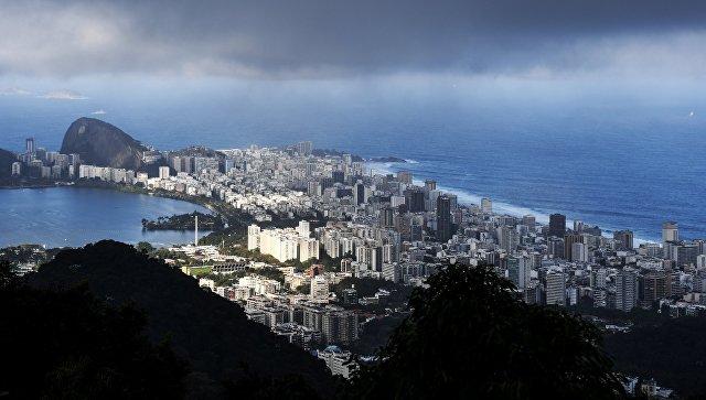 Вид на город Рио-де-Жанейро, Бразилия. Архивное фото