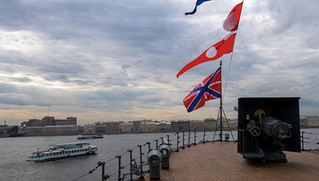 УФАС опять продлило проверку ремонта крейсера «Аврора»