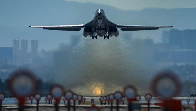 Стратегический бомбардировщик ВВС США B-1B Lancer. Архивное фото