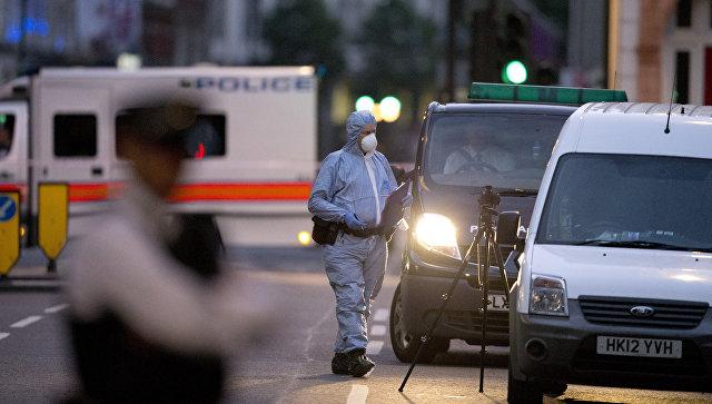 Резня в центре Лондона: преступник набросился с ножом на прохожих (видео)
