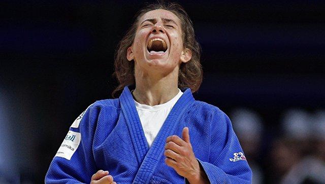 Первую чемпионку Олимпиады изКосово уличили вотказе отдопинг-теста
