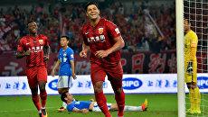 Нападающий клуба Шанхай СИПГ Халк