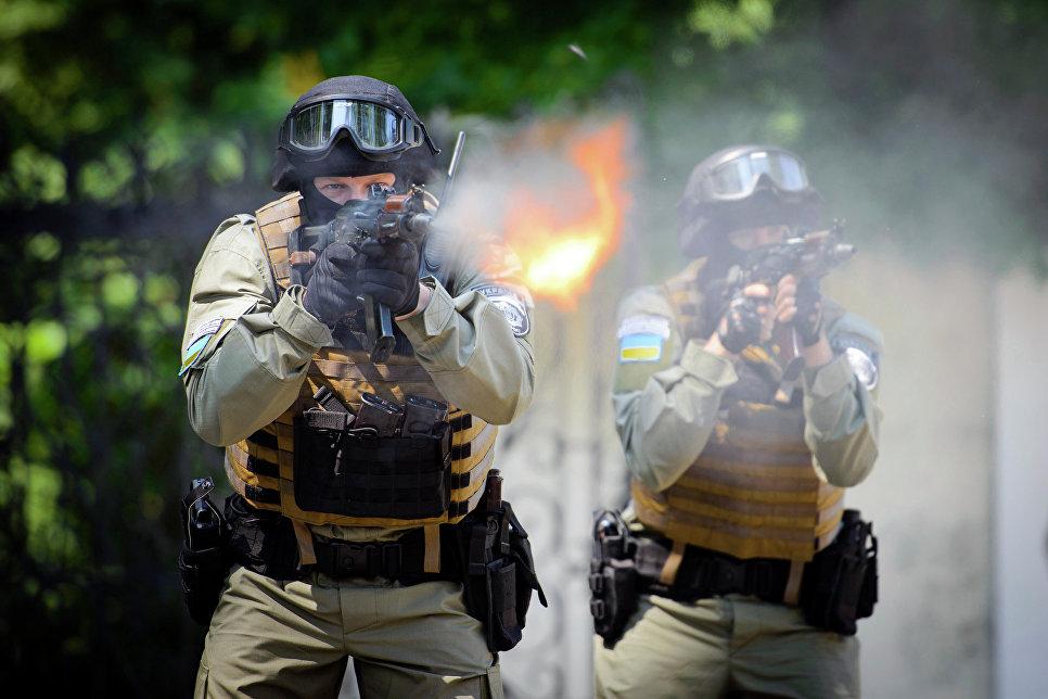 Российская Федерация готова порвать дипотношения с государством Украина иотозвать посольство из украинской столицы