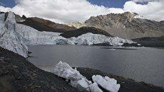 Исчезающий ледник Пасторури в национальном парке Уаскаран в Перу