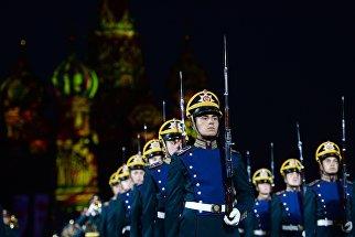На репетиции торжественного открытия фестиваля Спасская башня на Красной площади в Москве