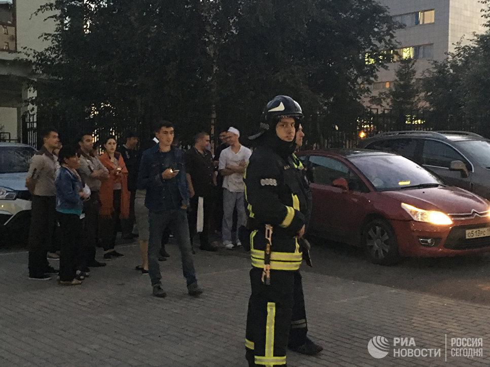 Гостей ресторана в столицеРФ эвакуировали из-за сообщения обомбе
