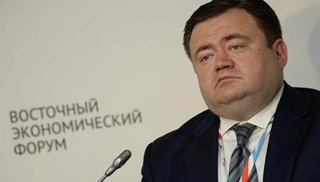 Генеральный директор АО Российский экспортный центр Петр Фрадков на Восточном экономическом форуме во Владивостоке