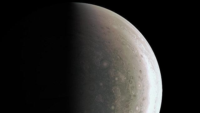 NASA опубликовало новые фото Юпитера