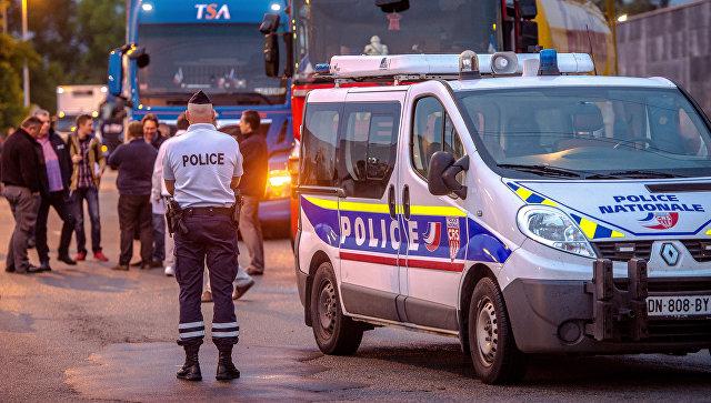 Граждане французского Кале блокировали городское шоссе, протестуя против наплыва мигрантов