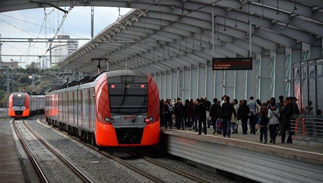Поезд на станции Московского центрального кольца. Архивное фото