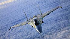 Самолет СУ-35. Архивное фото.