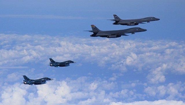 Бомбардировщики B-1B ВВС США. Архивное фото