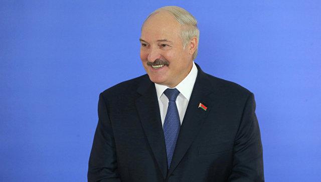 Александр Лукашенко на выборах президента Белоруссии. Архив