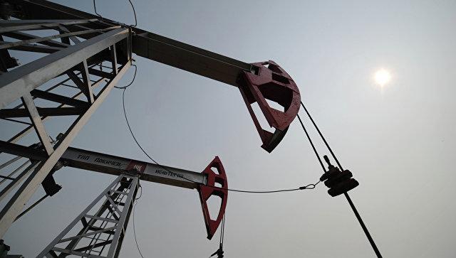 Мировые цены на нефть снижаются в четверг