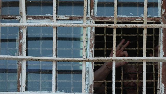 Заключенный в старом корпусе. Архивное фото