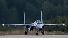Многоцелевой истребитель Су-35. Архивное фото