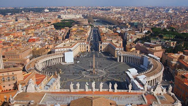 Вид на Рим с купола собора св. Петра в Ватикане