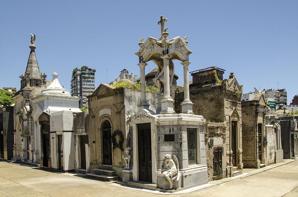 Кладбище Реколета в Буэнос-Айрес