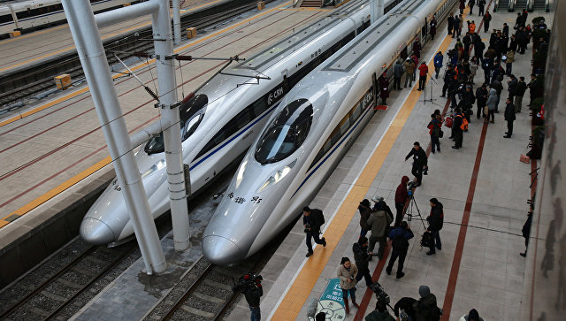Высокоскоростные поезда в Пекине. Архивное фото