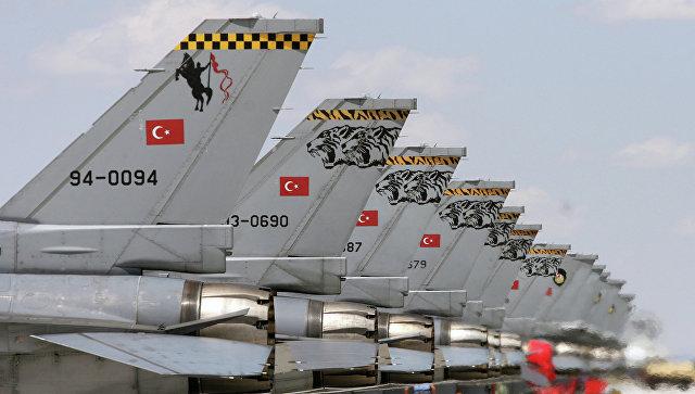 Самолеты F-16 ВВС Турции, архивное фото