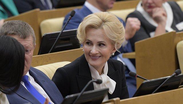 Специалисты: самыми полезными депутатами стали Яровая, Неверов иКрашенинников