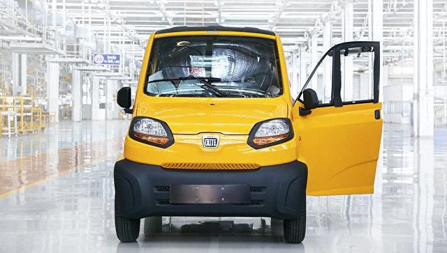 Автомобиль Bajaj Qute