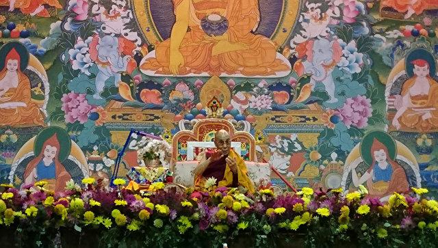 Далай-лама: духовным лидером Тибета вполне может стать женщина
