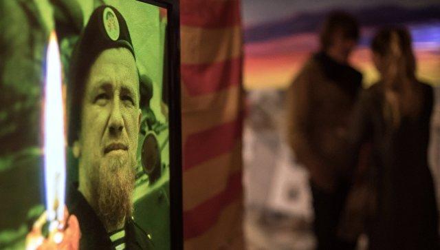"""Кобзон посвятил Мотороле песню """"Мы из бессмертья"""" на концерте в Москве"""