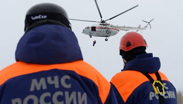 Спасатели МЧС РФ. Архивное фото