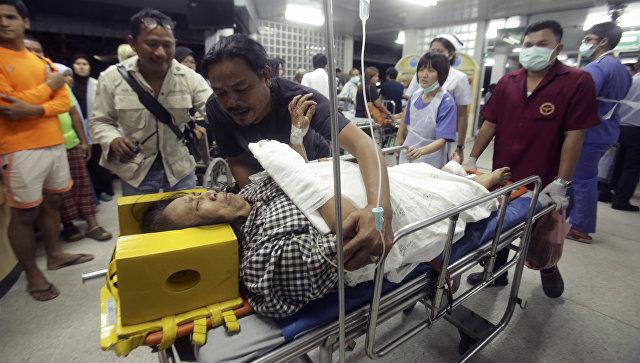 Нарынке вТаиланде произошел взрыв, пострадали поменьшей мере 15 человек