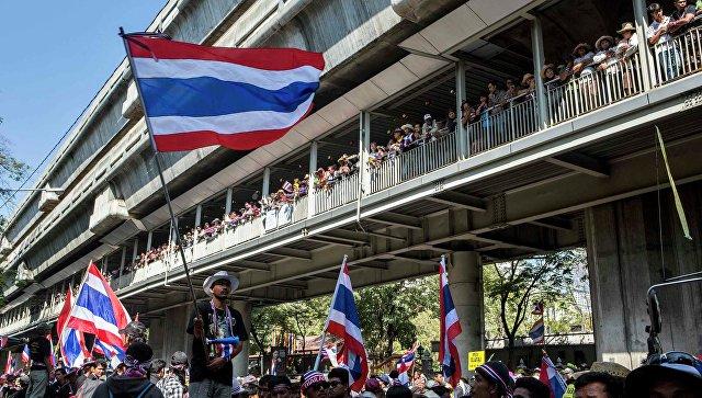Власти Таиланда иGoogle блокируют интернет-страницы, оскорбляющие монархию