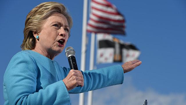 СМИ: следствие ФБР связано с секс-скандалом вокруг мужа помощницы Клинтон