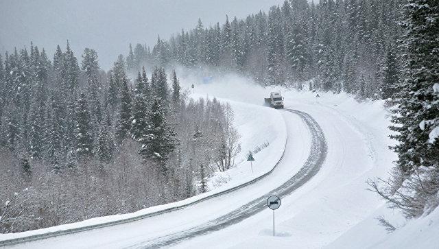 В Кузбассе закрыли движение междугородних автобусов из-за снегопада