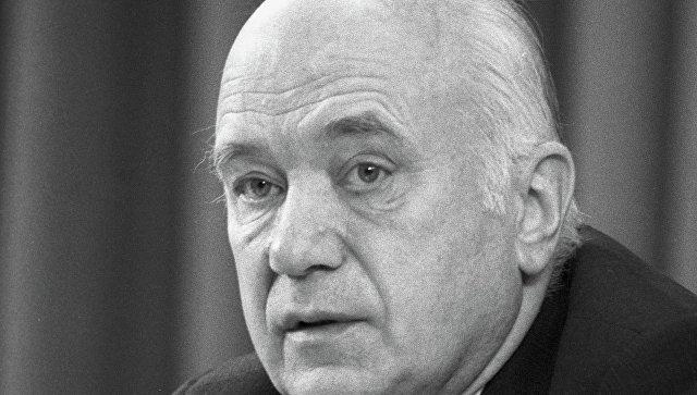 Борис Викторович Раушенбах, физик-механик, один из основоположников российской космонавтики, академик АН СССР