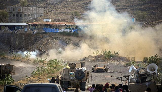 Столкновение правительственных войск с повстанцами-хуситами. Архивное фото