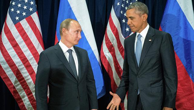 Президент России Владимир Путин и президент США Барак Обама во время встречи в рамках 70-й сессии Генеральной Ассамблеи ООН в Нью-Йорке. Архивное фото