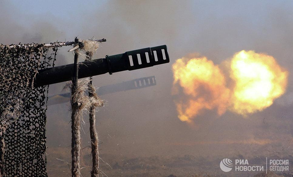 Выстрелы производит батарея орудий калибра 152 мм Гиацинт