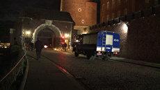 Прибытие в Вавель машин специальных медслужб для эксгумации тел Качиньских
