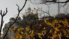 Церковь Воскресения Христова на Красной скале над поселком Форос в Крыму. Архивное фото