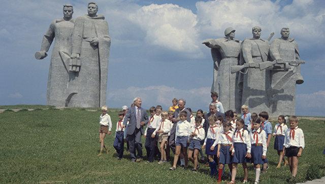 Ремонт погарантии: под Волоколамском починят мемориал панфиловцам
