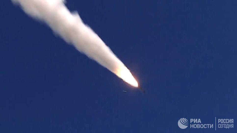Пуск крылатой ракеты Оникс с БРК Бастион по объекту незаконных вооруженных формирований в Сирии