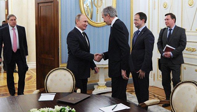 Путин наградил 28 иностранцев идвоих жителей Российской Федерации